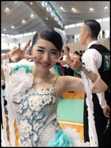 本行慶子は競技ダンスをしていた